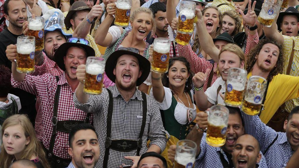 Why and How is Oktoberfest celebrated