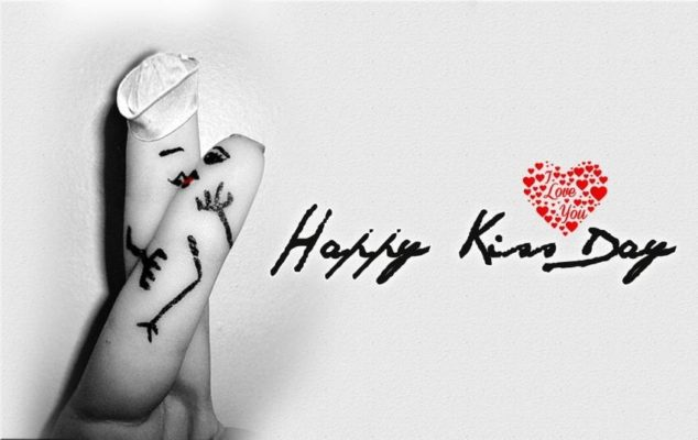 Happy Kiss Day Status for Singles in 2018|Messages Sms Sayings Shayari